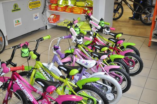 gyerek kerékpárok különböző méretekben